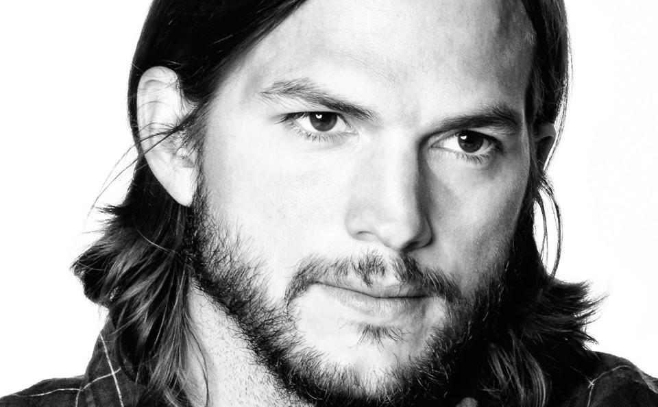 Ashton-Kutcher-08_RET