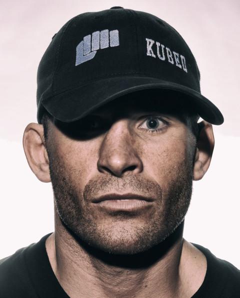 UFC_82_J_Halverson_Before_01
